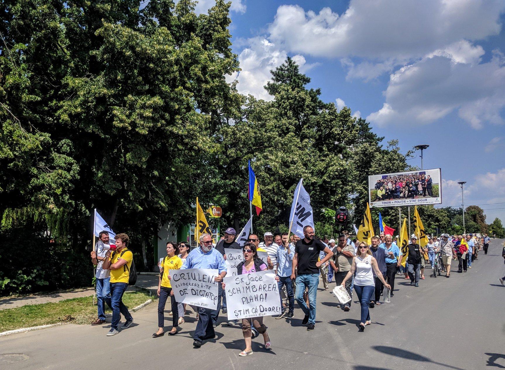 19 august – constituirea celulelor de rezistență Hâncești, Călărași și Ialoveni